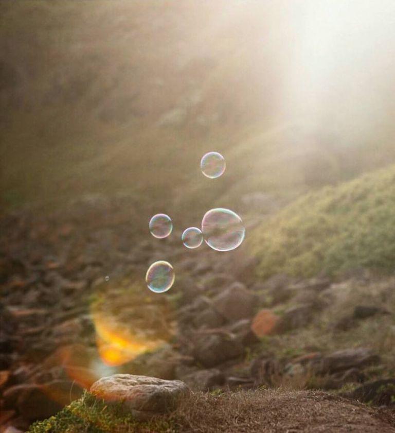 tiny-bubbles-by-laura-cereza