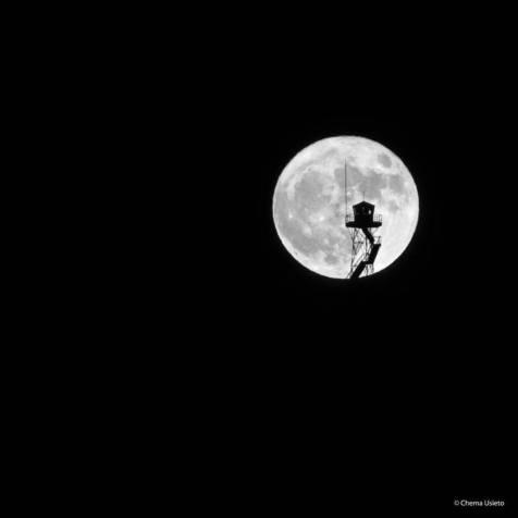 asi-salio-la-luna-1-by-chema-usieto