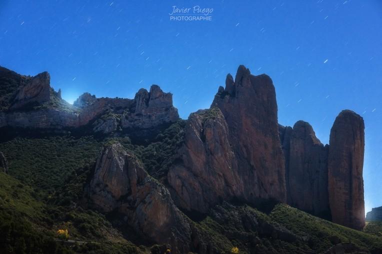 la-noche-de-la-gran-luna-by-javier-pueyo-taguena-3